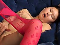 Gorgeous Asian candy pulls down her pantyhose