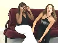 hot black lesbian babe gets sensous foot suction